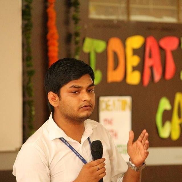 """ Vaigyanik Likho"" a Startup By ""Ankit Tripathi"" translating to help students to become Vaigyaniks by writing and learning."