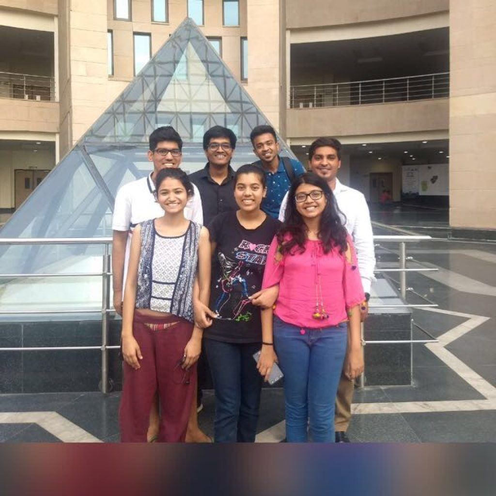 How these Young Guys From IIT Delhi and Delhi University are showing the Path to the Students to Select Their Career