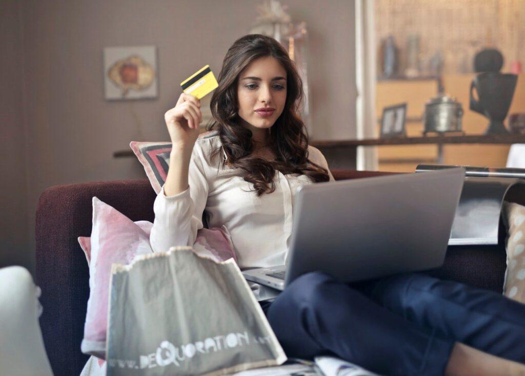 Earn Money Online :11 Ways to make money Online in 2019