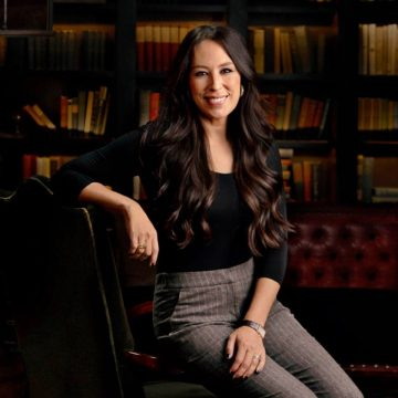 Joanna Gaines : Wiki, Height, Age, Family, Biography & More