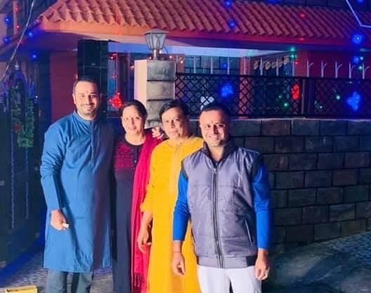 Saurabh Bhatnagar with his Family