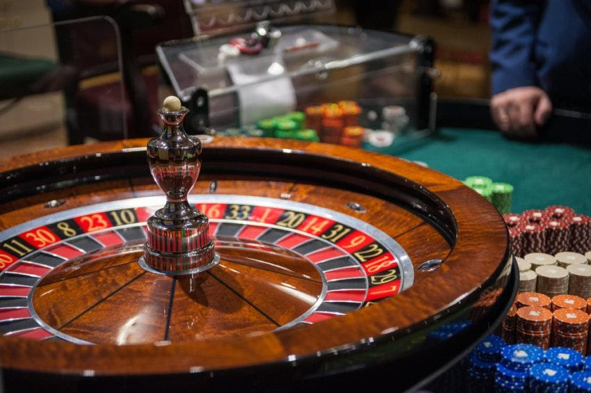 How to Maximize Your Winning Chances at Online Casino?