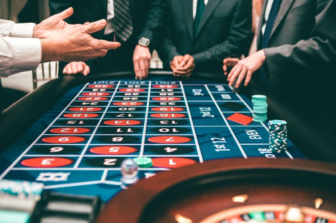 Tricks for playing online roulette