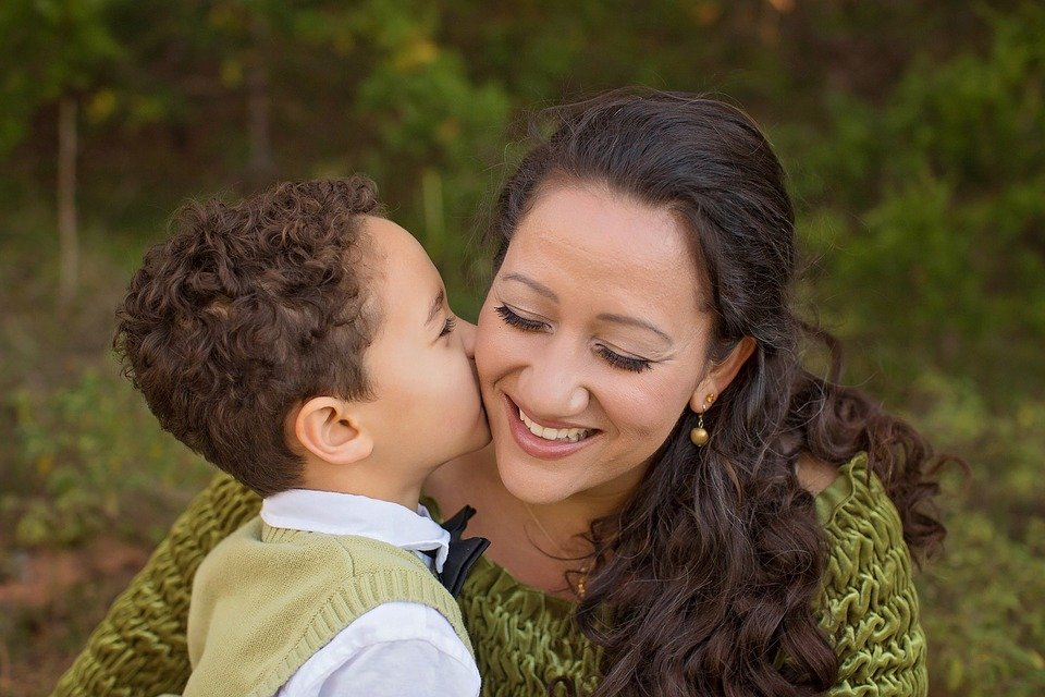 5 Ways You Can Save Time and Money as a Busy Mom